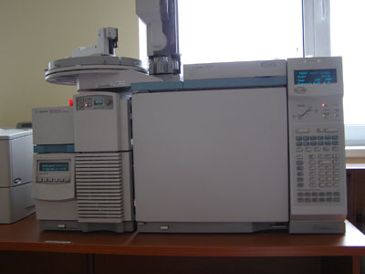 Хромато–масс–спектрометр Agilent 5973 GC-MS , США.